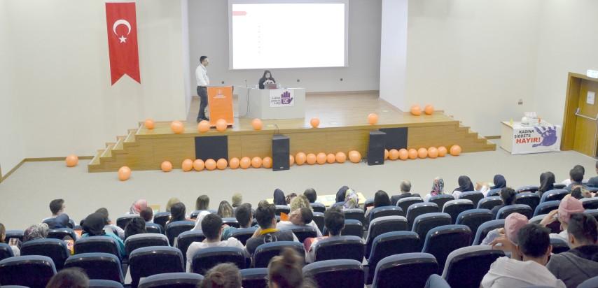 """Yozgat Şehir Hastanesinde  """"Kadına Şiddete Hayır""""semineri"""