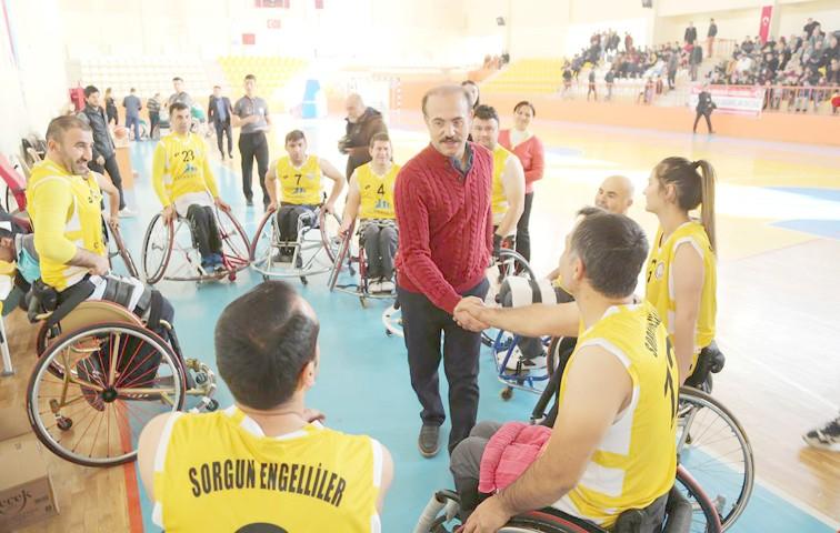 Vali Yurtanç: Amacımız engellilerimizin  hayata tutunmalarını sağlamak