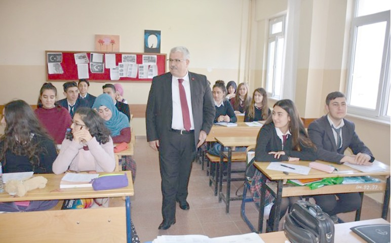 Yazıcı'dan Boğazlıyan  Anadolu Lisesine ziyaret