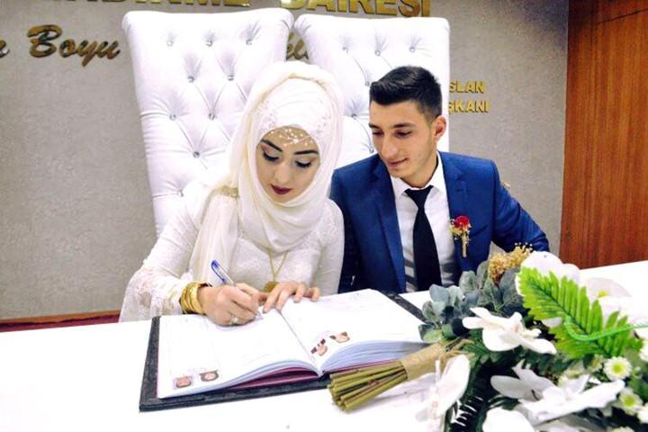 Bir yılda, 670 çift evlendi