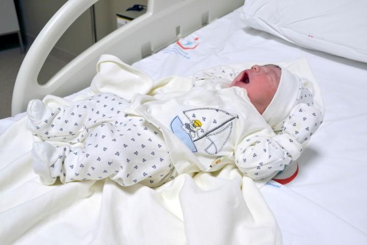Yılın ilk bebeği 'Muhammed Aras'