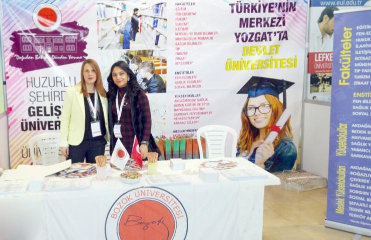 Bü Bursa'da eğitim fuarına katıldı