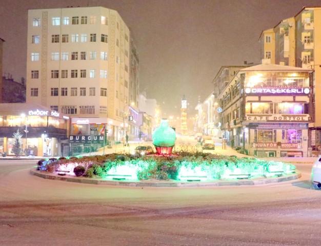 Kar yağışı gece boyunca etkili oldu