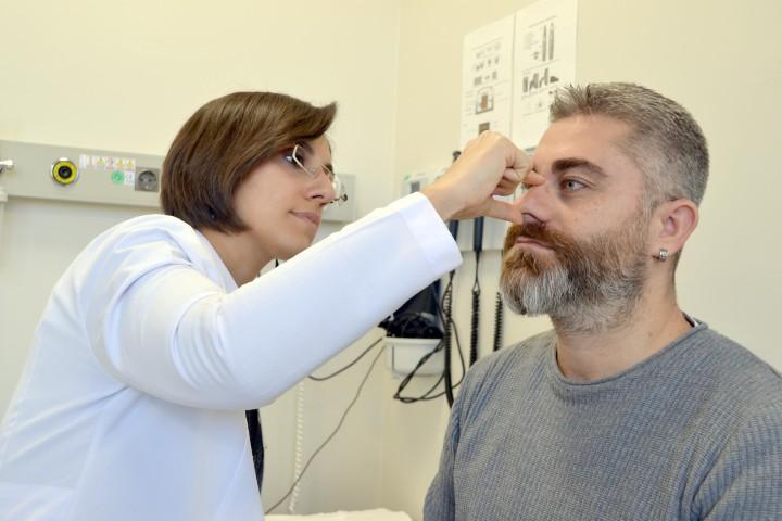 Dr.Çiçek: Plastik ve estetik doktoru  denince akla doku onarımı gelmeli