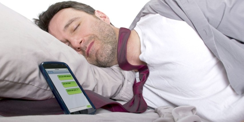 Akıllı cep telefonları  uyku düzenini etkiliyor