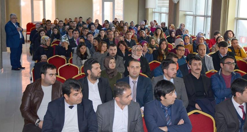 Yazıcı, ilçe milli eğitim müdürleri ile  eğitim değerlendirmesi toplantısı yaptı