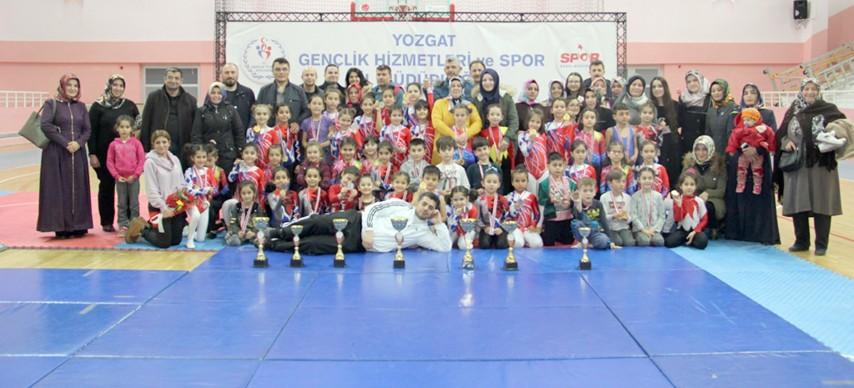 Cimnastik il birinciliği müsabakaları tamamlandı