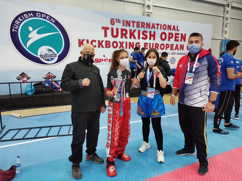 Turnuvaya Bozokspor damgası