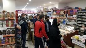 Marketlerdeki kuyruklara vatandaş tepkili
