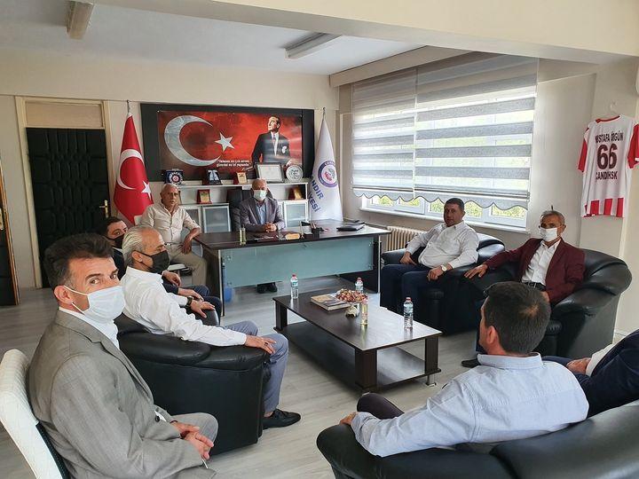 """""""MHP'li belediyelerimiz büyük takdir topluyor"""""""