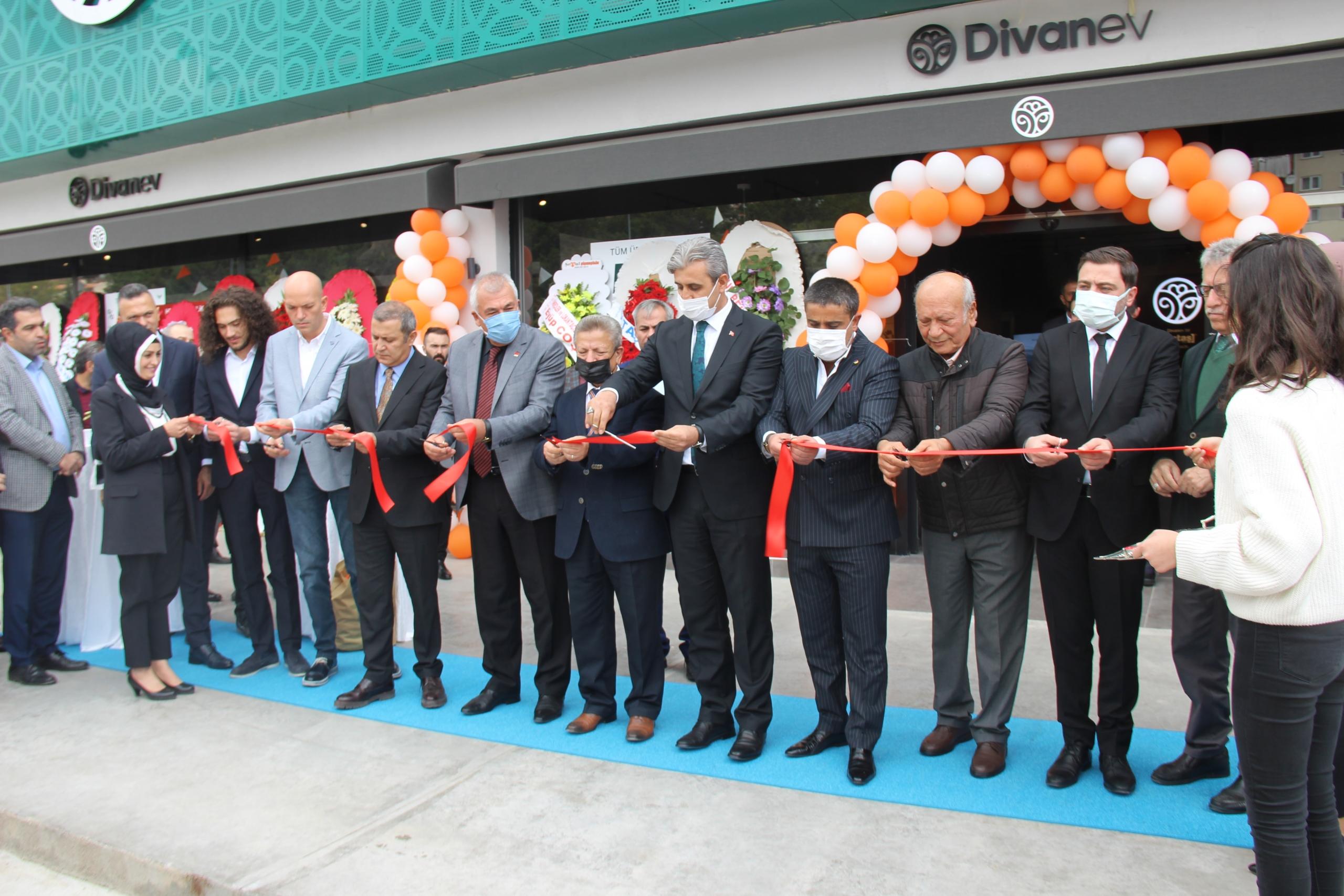 Divanev Yozgat Mağazası açıldı