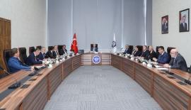 Karadağ, Anadolu Üniversiteler Birliği dönem toplantısına katıldı